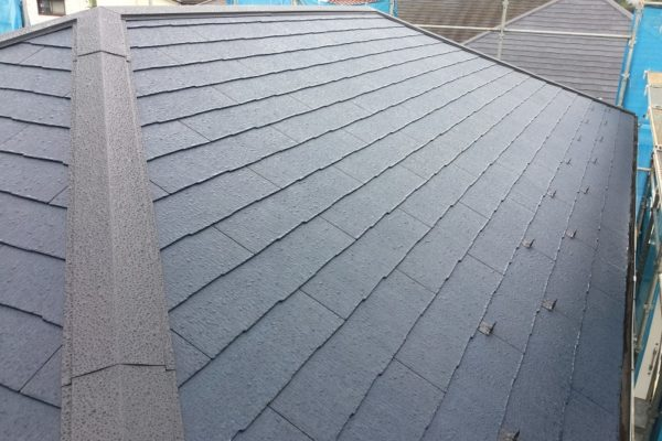 栃木県宇都宮市 瓦屋根からスレート屋根に屋根葺き替え工事 ケイミューコロニアルクアッド