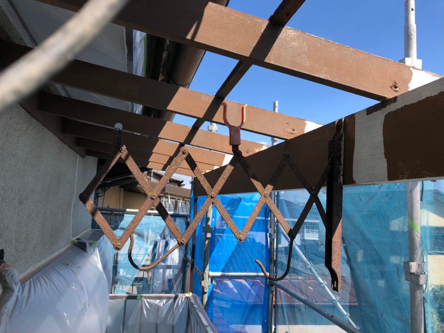ベランダ屋根作業の画像