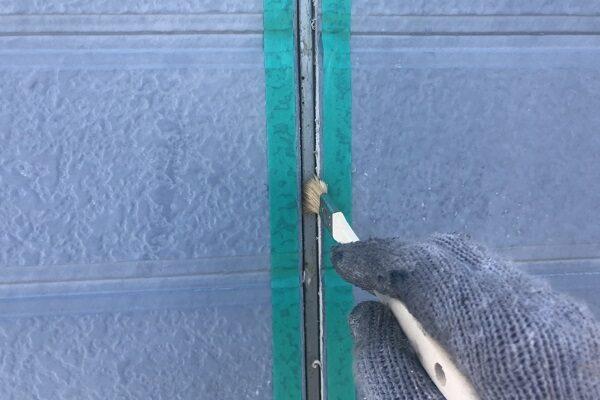 栃木県鹿沼市 屋根塗装・外壁塗装 シーリング工事とコーキング工事は同じ シーリング工事の工程 (3)